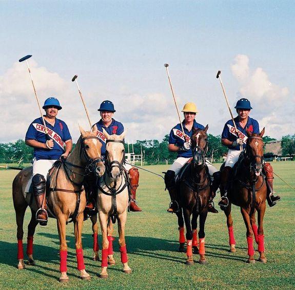 05 Polo - Central Romana team