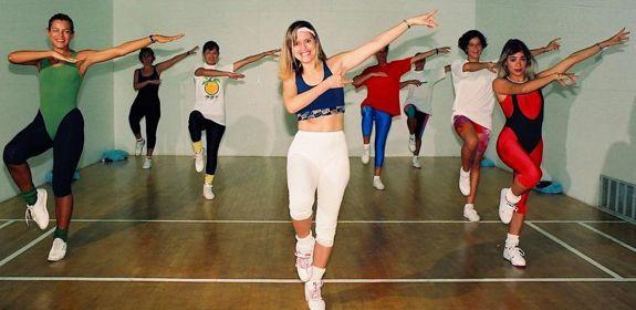 03 aerobics class - casa de campo living