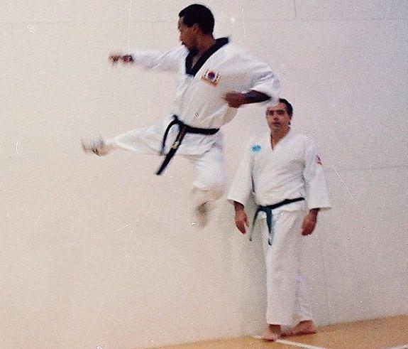 09 taekwondo class - casa de campo living