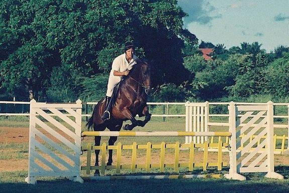 15 horse jumping  - Casa de Campo Living
