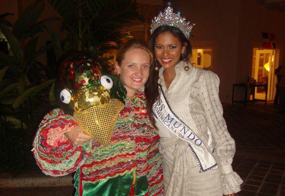 Miss Mundo noche dominicana, casa de campo living