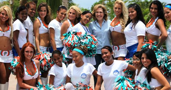 Fundacion MIR with the Miami Dolphin Cheerleaders