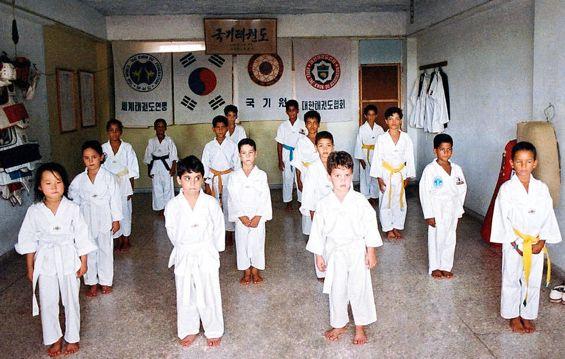 04 Taekwondo class at Club de la Costa