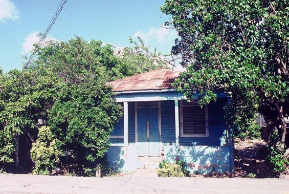 11 Small Blue Folk House