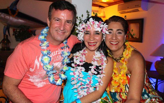 Patricia Proano Gricelle Lahoz Luau Party Marina Casa de Campo