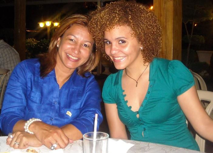 Hilda Peguero, Sarah Amonte