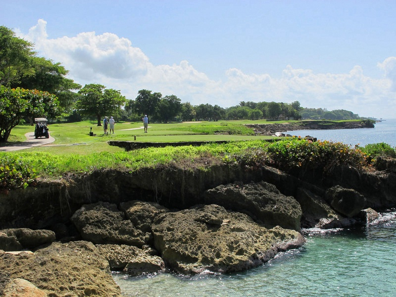Teeth of the Dog, Casa de Campo Hole 15