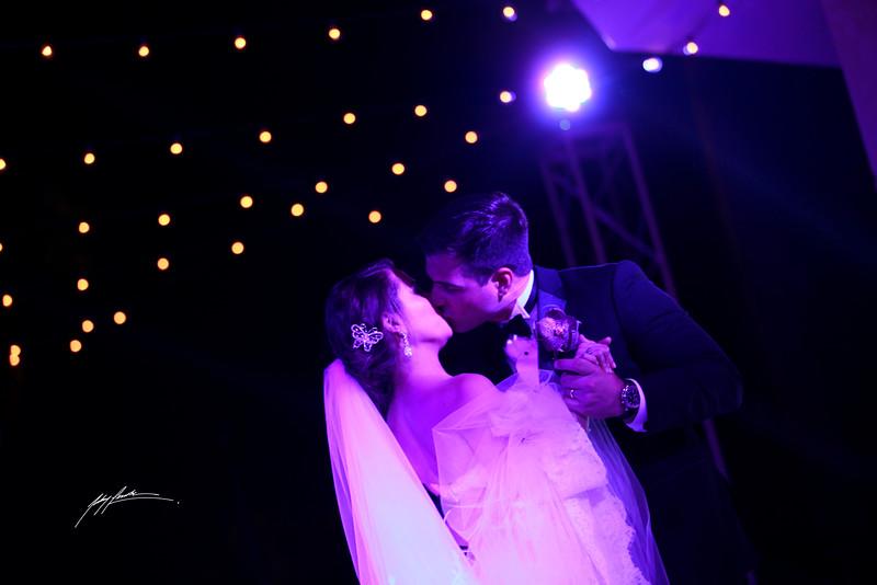 Rebeca Diep Wedding Dance