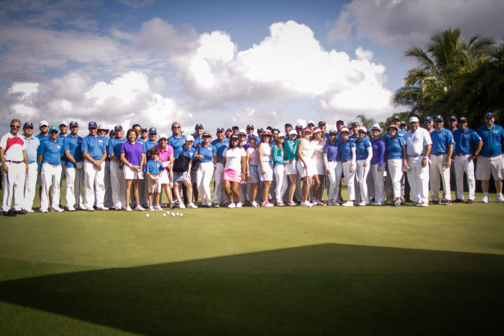 Golf for a Smile group