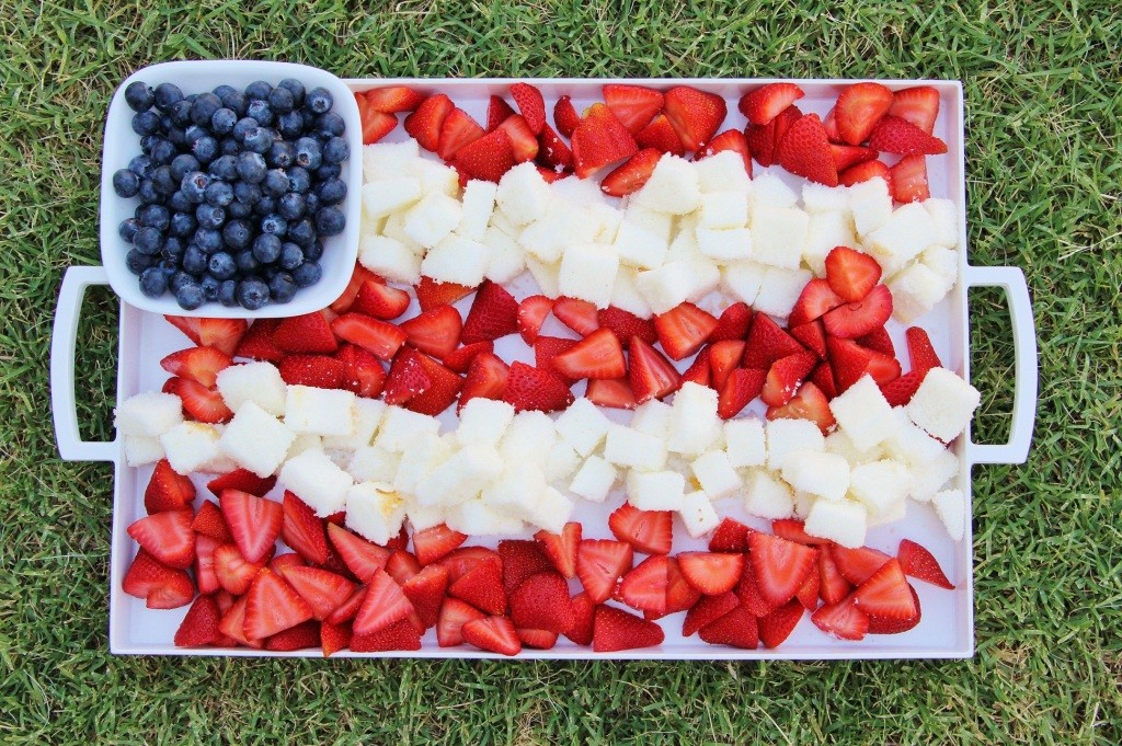 4th_of_july_party_fruit_platter