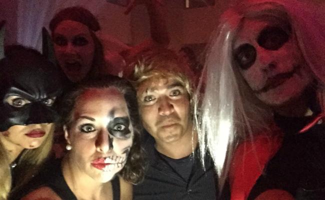 Halloween Cacique Selfie