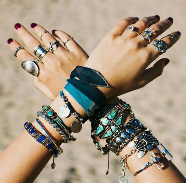 Boho Jewelry hands