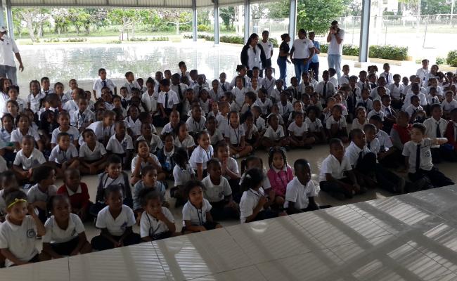 Día de Reye MIR Children Group