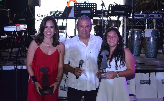 Prize Giving Ceremony - Hogar del Niño Dinner Dance Party 2016