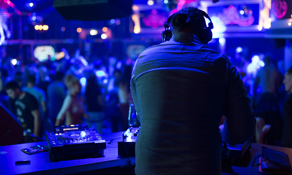 Genesis Nightclub DJ Fixed size - Semana Santa Article
