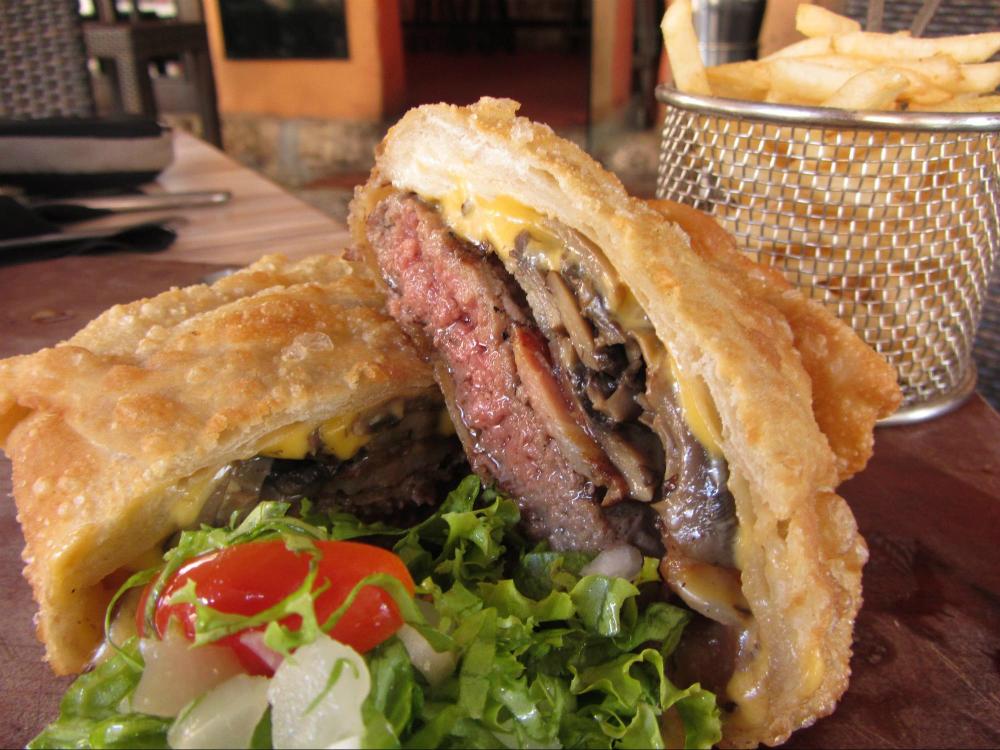 Wellington Burger Onno's Menu Items