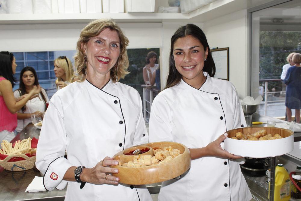 Andrea and Adriana Feaugas